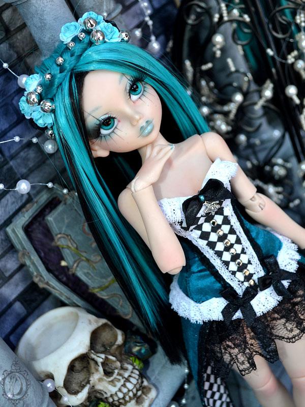 [Créa] † Mystic Dolls † : Réservations ouvertes ! 464722LysriaTurquoiseClown022