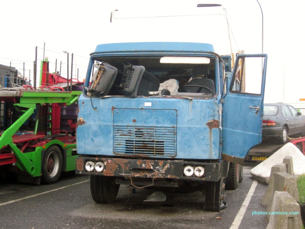 Camions en épave 467803photoscamions10X201233Copier