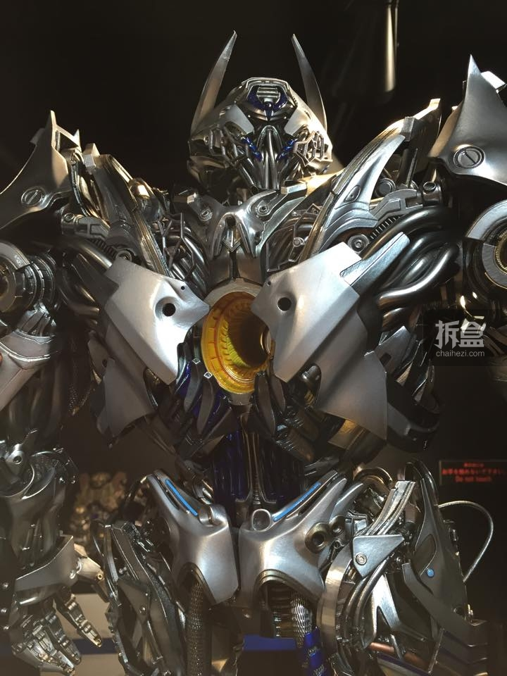 Statues des Films Transformers (articulé, non transformable) ― Par Prime1Studio, M3 Studio, Concept Zone, Super Fans Group, Soap Studio, Soldier Story Toys, etc - Page 3 468773P1STF4galvatronpreview0071429109252