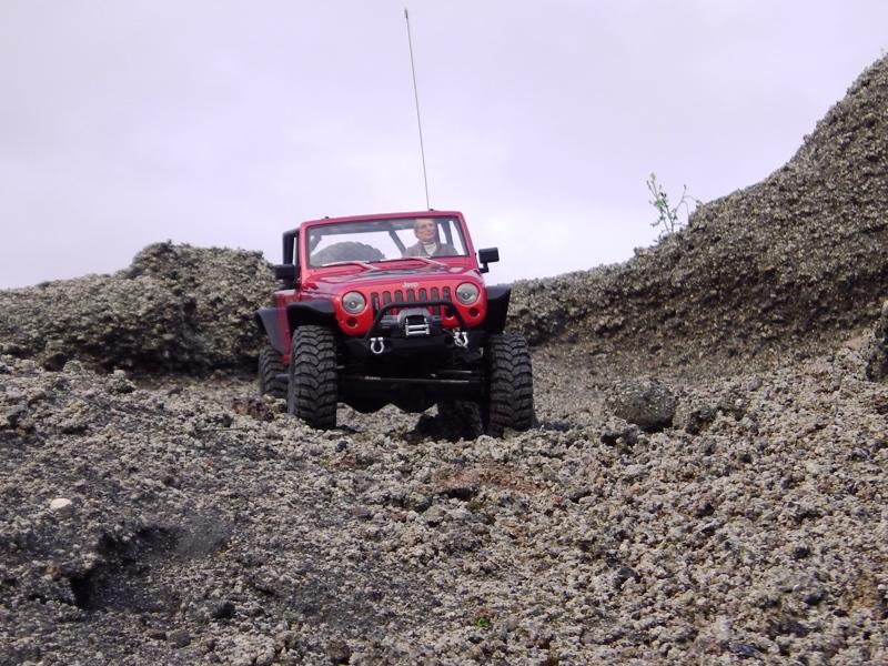 Jeep Rubicon Axial, le scale facile ;-) 469441IMGA0816