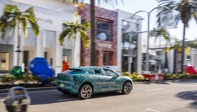 Le Jaguar I-PACE en road trip électrique à Los Angeles 472036jipaceroadtrip061217015