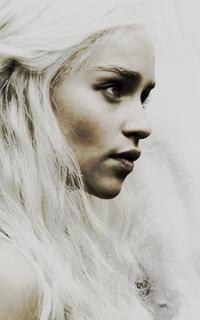 Emilia Clarke ▬ 200*320 473024551