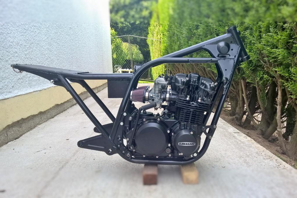 Z650 Café racer 473027WP20150629162832Raw