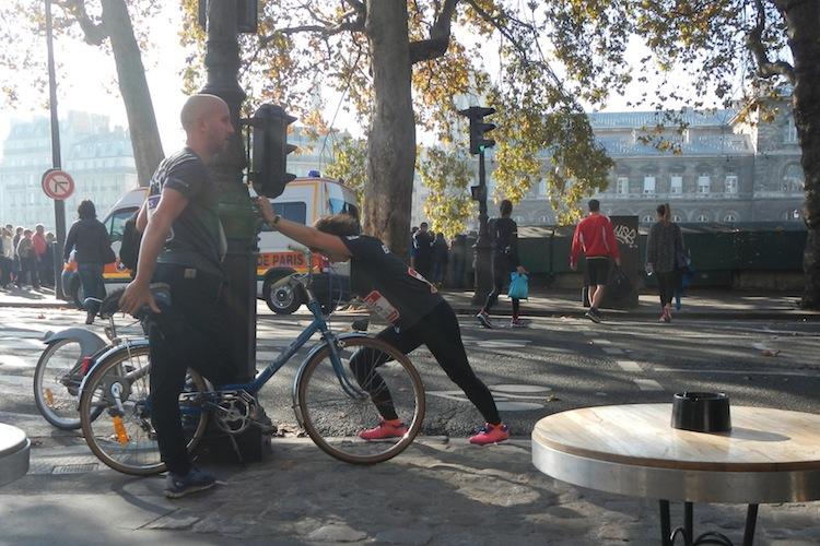 Pliant Helyett à l'Ekiden de PARIS le 1° Novembre 2015 (Fynsek et les Bisouquets) 473620DSCN6798