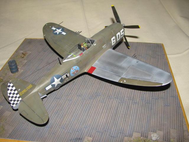 Restauration P-47 Lt Raymond Knight 1/48 Monogram  476380IMG6077