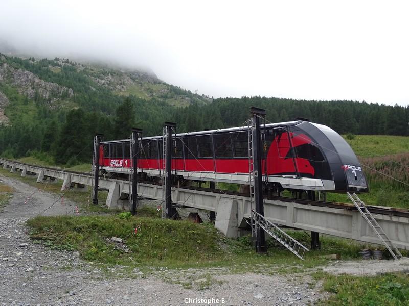 [Val d'Isère] Histoire du Funival - Page 3 480651DSC03432new
