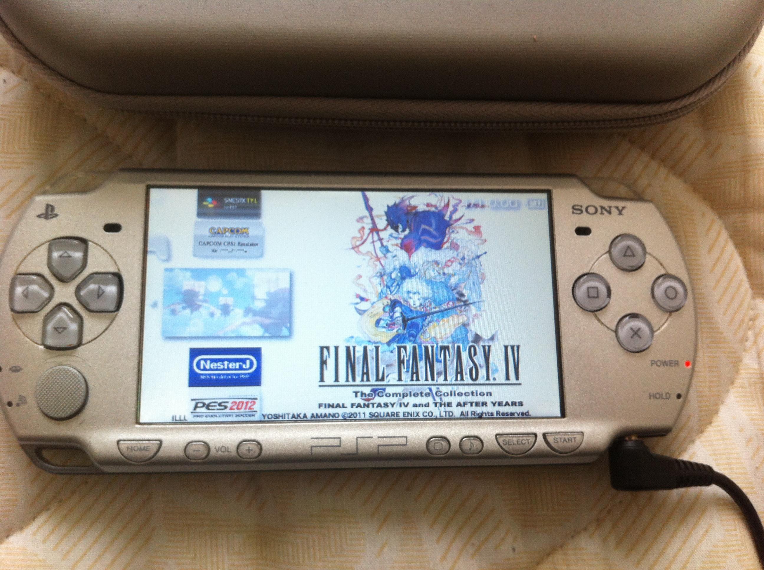 [RECH] JEUX PSP : PC Engine Best Collection, SNK Classics, les FF 480917IMG0287