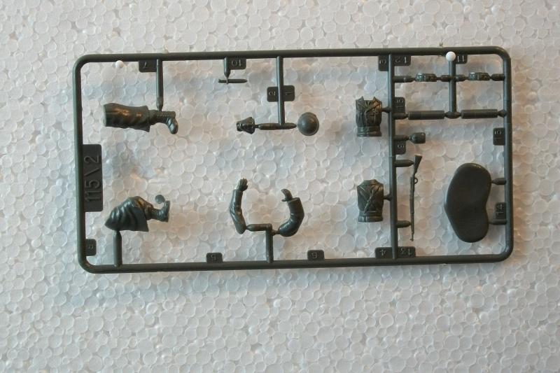 Groupe de combat FRANCE 1ère Armée Française 1944-1945 Groupe de Mortier 81 1/35ème Réf.115 481951Heller115135005GroupedeCombatFranceGroupeMortier81
