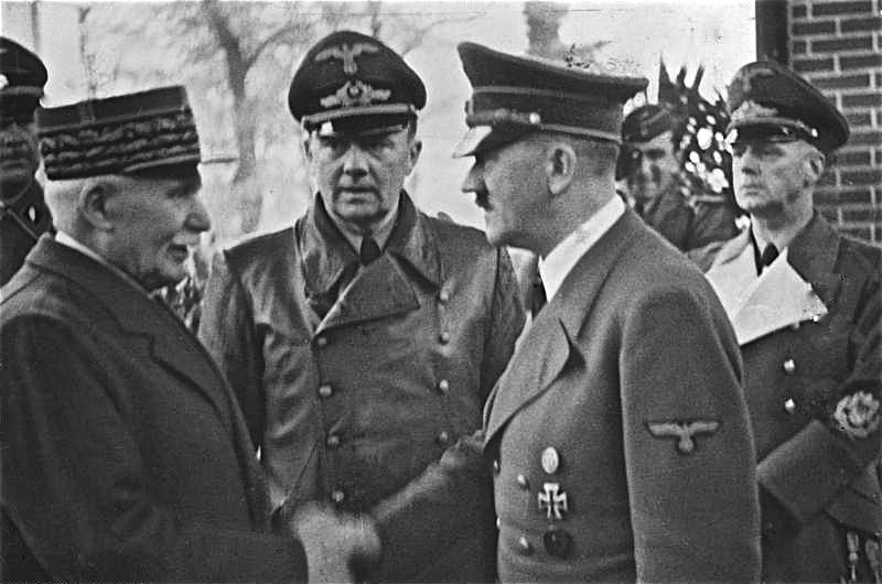 LFC : 16 Juin 1940, un autre destin pour la France (Inspiré de la FTL) 482672BundesarchivBild183H25217HenryPhilippePetainundAdolfHitler