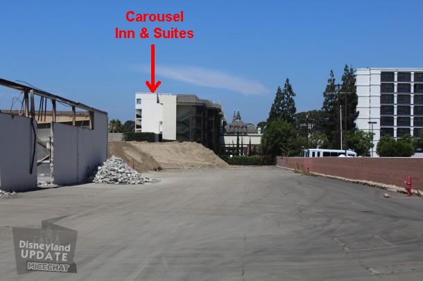 [Disneyland Resort] Projet de troisième parc et nouveaux parkings - Page 3 486382Carousback