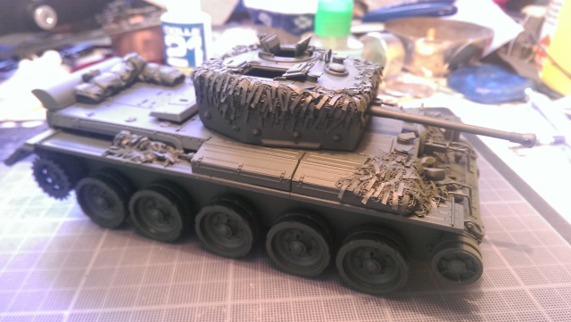 A 27 CROMWELL Mk IV Tamiya 1/35 et A34 COMET BRONCO 1/35 - Page 3 489424IMAG2343