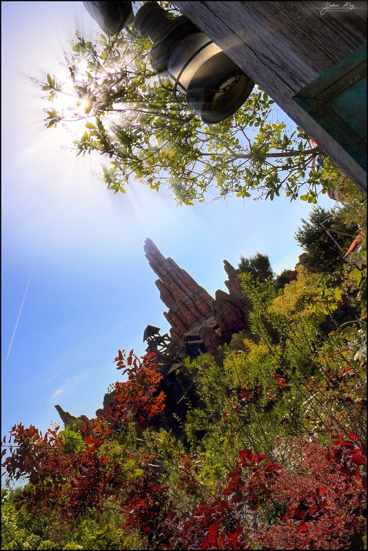 Photos de Disneyland Paris en HDR (High Dynamic Range) ! - Page 4 489936BigThunderMountainPrintemps2015HDR600D