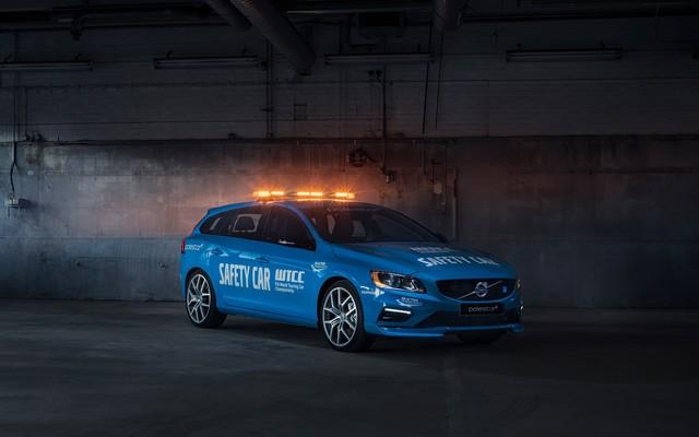 Volvo V60 Polestar : La Voiture De Sécurité La Plus Sure De L'histoire Du WTCC 490221188868VolvoV60PolestarSafetyCar
