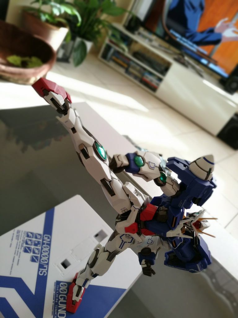 [REVIEW] Gundam 00 Seven Sword Metal Build MC Club..entre larmes,decadence et F5. 491607IMG201610271318451