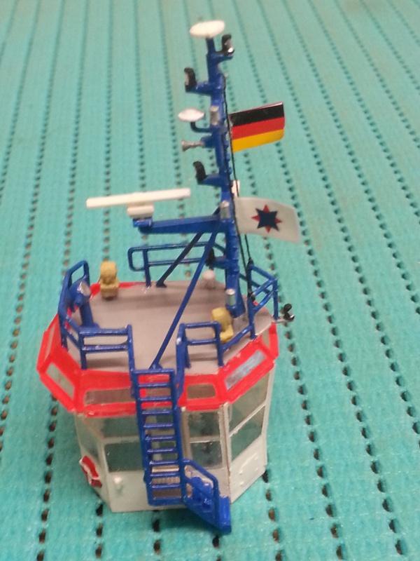 FAIRPLAY Harbour Tug Boat de Revell au 1:144  491984lolo009B