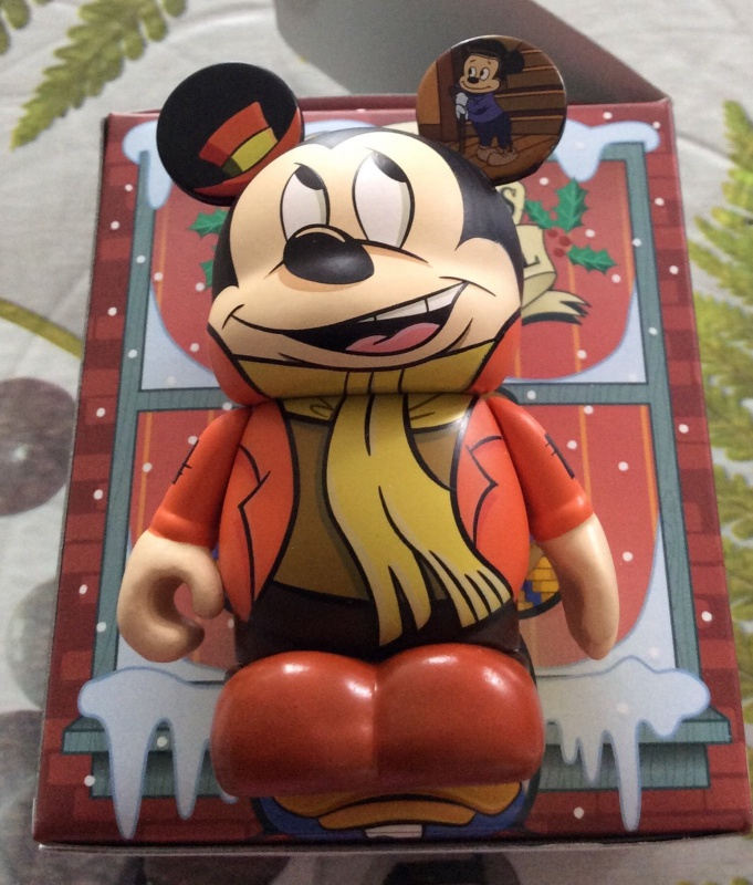 Mickey et ses amis  - Page 7 492438mickeychristmas