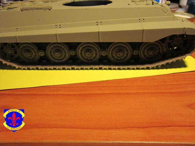 Sd.Kfz.182 King Tiger à tourelle Henschel de Dragon au 1/35e par pascal 94 494227IMG1115L