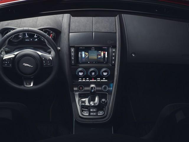Lancement De La Nouvelle Jaguar F-TYPE Dotée De La Technologie GOPRO En Première Mondiale 494846jaguarftype18mysvrconvertiblestudiointeriordetail10011701