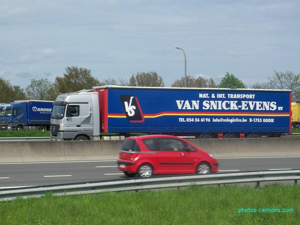 Van Snick-Evens  - VS Logistics  (Gooik) 494856photoscamions30Avril2012115