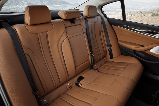 La nouvelle BMW Série 5 Berline. Plus légère, plus dynamique, plus sobre et entièrement interconnectée 497977P90237323highResthenewbmw5series