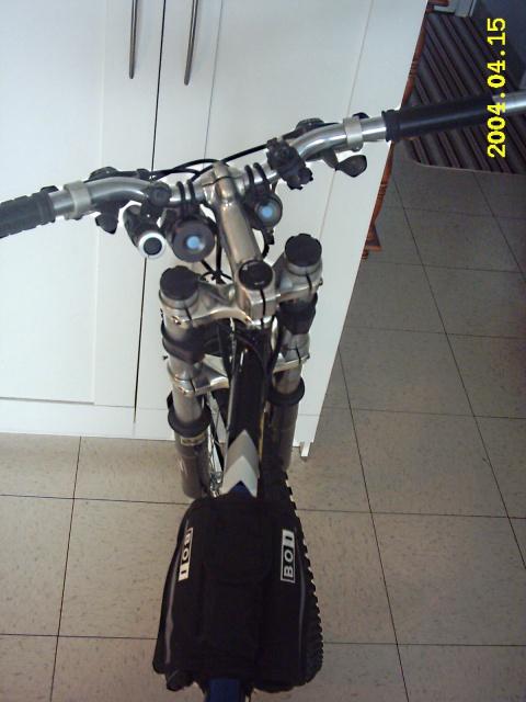 HOOLIGAN..Pas un (( GRAND )) vélo.....MAIS !!! - Page 2 498400IMG0008