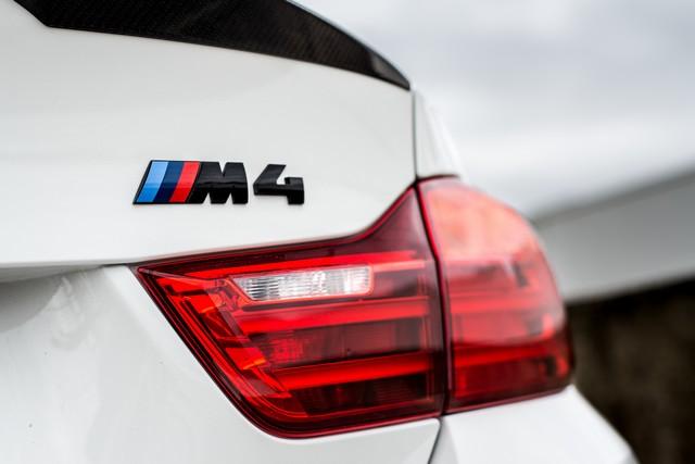 BMW M4 Coupé Tour Auto Edition : une édition française ultra limitée pour célébrer le rallye emblématique. 499142P90215106highResbmwm4coupetourau