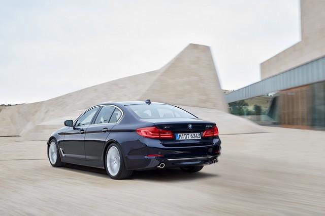 La nouvelle BMW Série 5 Berline. Plus légère, plus dynamique, plus sobre et entièrement interconnectée 500896P90237322highResthenewbmw5series
