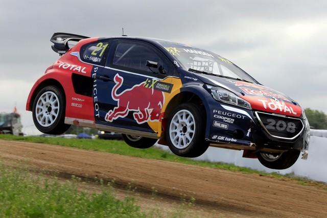 Rallycross - Belle deuxième place de Sébastien Loeb sur la PEUGEOT 208 WRX 501566WRX20160514PGT0012