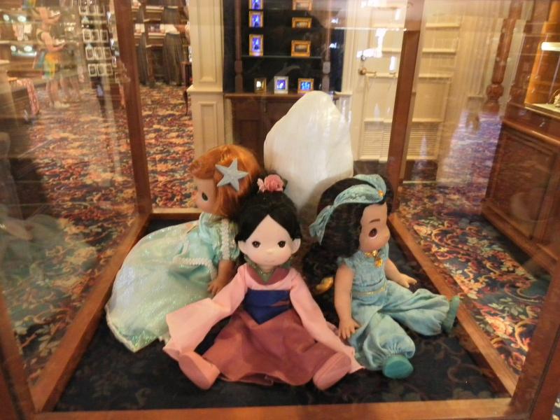 Les accros du shopping à Walt Disney world - Page 2 503876SAM3986