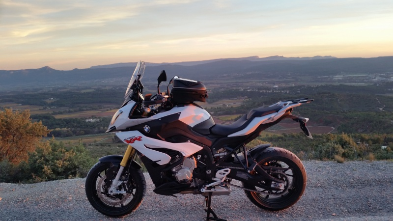 COMPARATIF Bmw S1000XR Vs Ducati MULTISTRADA 1200DVT  51077320151114171352