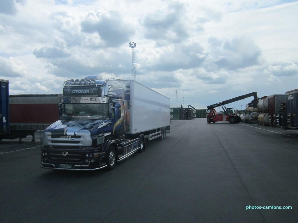 Scania série T (cabine a capot) - Page 6 511041photoscamion050812011Copier