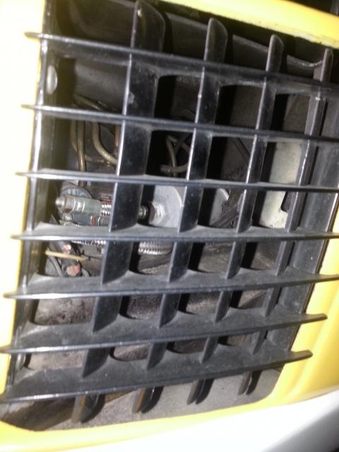 Remise en route après 3 ans stockée au chaud dans un garage - Page 2 51307020141029182817