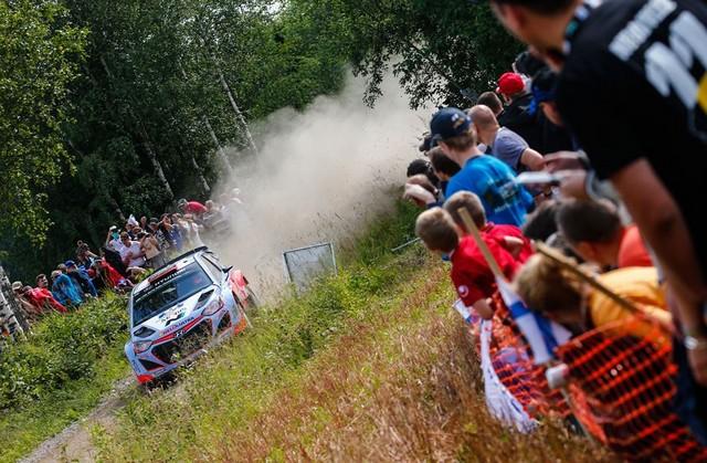 Mission accomplie pour Hyundai Motorsport qui se classe quatrième en Finlande  514136143131Sordo08FIN15cm184