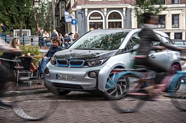 BMW i étend son réseau d'agents. 514153P90190789highResbmwi3urbanmobilit