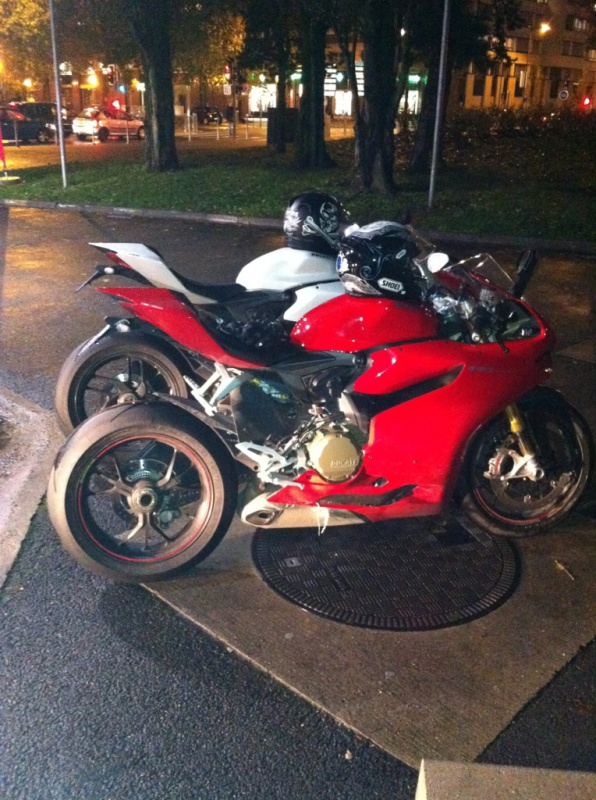 1199 Panigale 2015 ? Oui une 1299 514228IMG0524