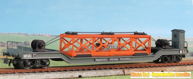 wagons spéciaux surbaissés 516465VBsurbaissbogiesgrisguritepoutrelleorangeIMG3509