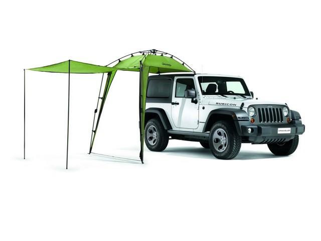 Jeep® Wrangler : un été d'aventure grâce à Mopar® 516960AuventK82213291A