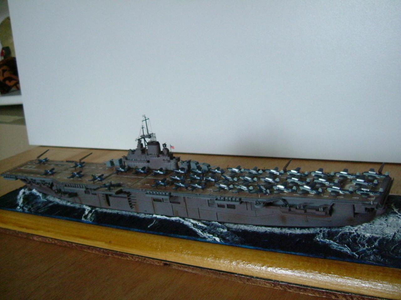 CV-9 USS ESSEX par Kagou 1/700 - Hasegawa + photodec 517409EssexCV94