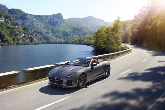 Nouvelle Jaguar F-TYPE SVR : La Supercar Capable D'atteindre 322 km/h Par Tous Les Temps 525948JAGUARFTYPESVR23CONVERTIBLELocationLowRes