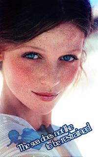 Cintia Dicker avatars 200x320 pixels 526657avatarCD22