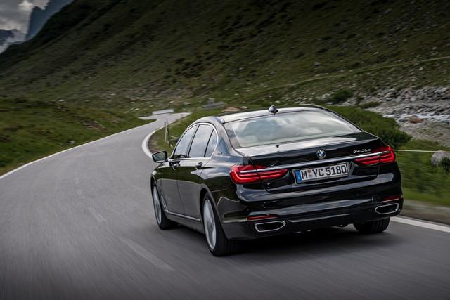 Les nouvelles BMW 740e iPerformance avec technologies eDrive 527575P90226960highResbmw740lexdriveipe