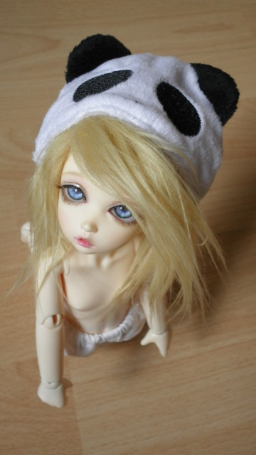 ♠ HeRe CoMeS tRoUbLe ♠ (Black Cherry Dolls XiaoYu) [P.4] - Page 2 528068P9090056