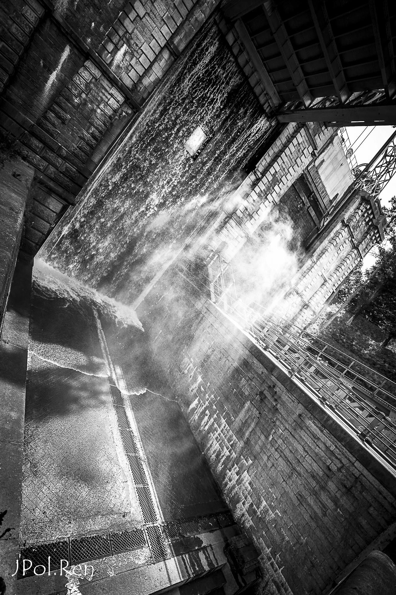Sortie Ascenseurs canal du centre : Photos 528755GG09asc10927