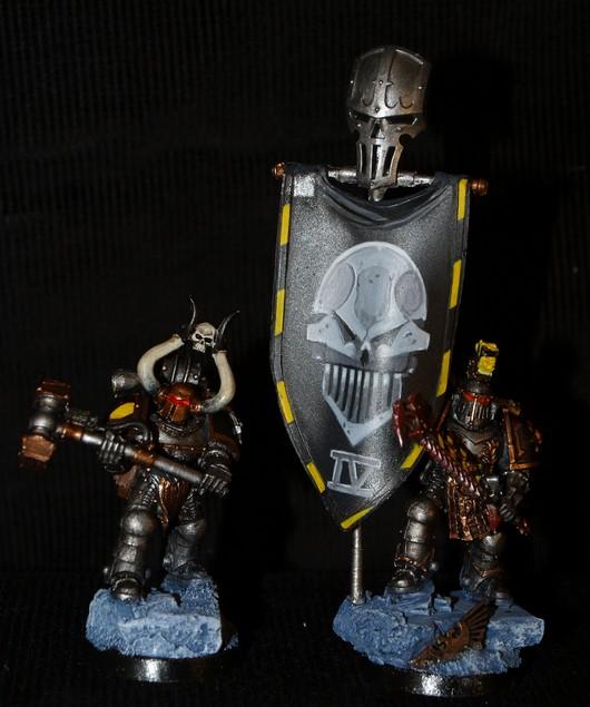 Iron warriors : Stormeagle terminé  !! 529723ChampionetEtendardIronWarrior1