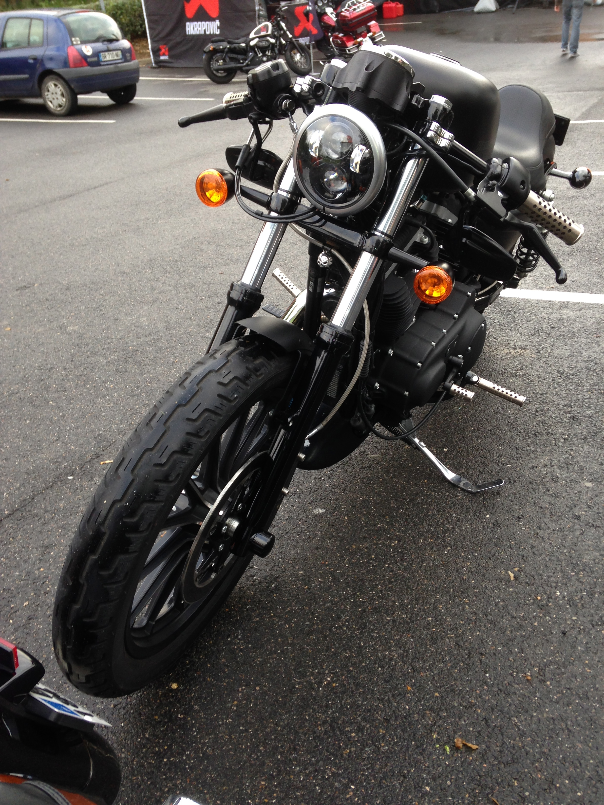Mon 883 Iron Café Racer 529914IMG0642