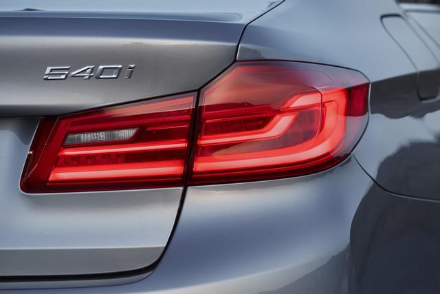 La nouvelle BMW Série 5 Berline. Plus légère, plus dynamique, plus sobre et entièrement interconnectée 530693P90237209highResthenewbmw5series