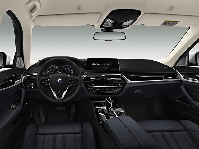 La nouvelle BMW Série 5 Berline. Plus légère, plus dynamique, plus sobre et entièrement interconnectée 534978P90237838highResbmw5seriessaloon