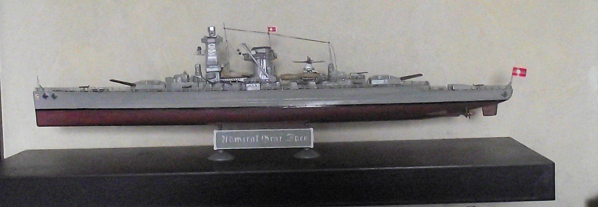 Admiral Graf Spee 1/350 Academy  535594MaquetteGrafSpee1x3500