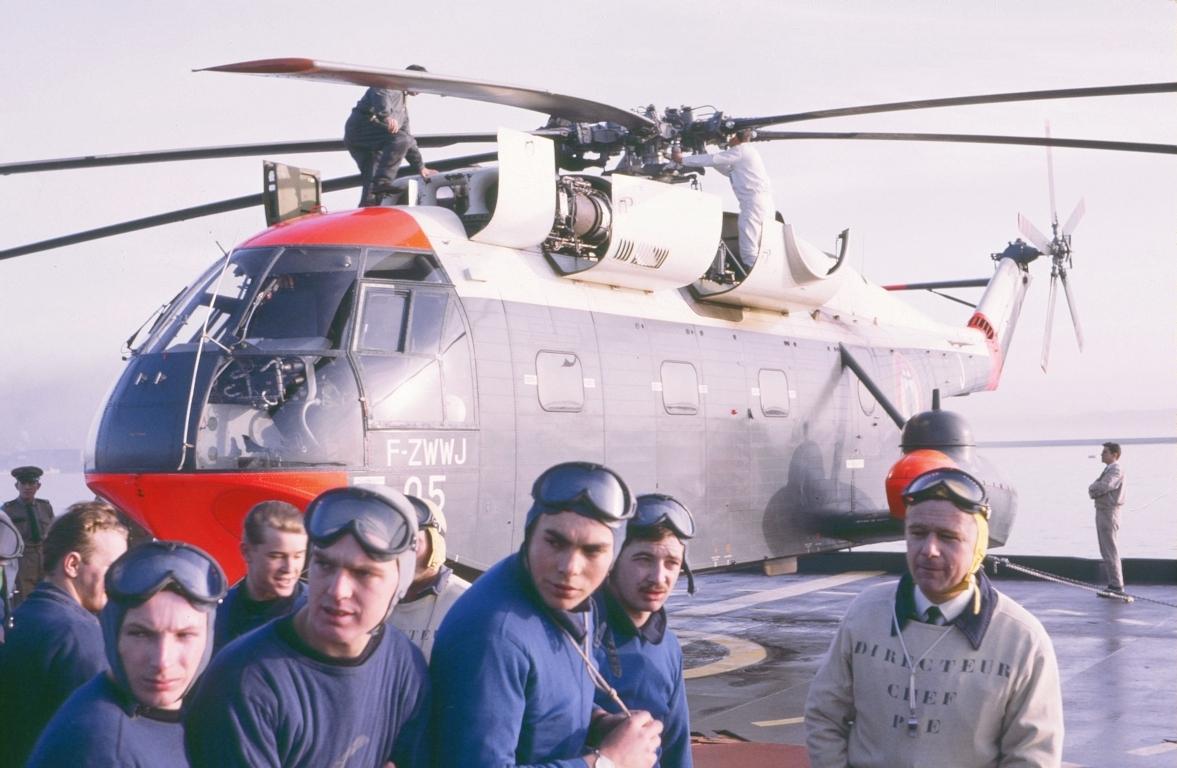 [Aéronavale divers] SUPER FRELON - Page 19 53606965780057FILEminimizer