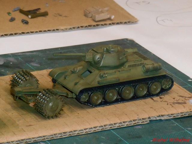blindé russe 3    Le  T 34 Démineur 536366DSCN9969Copier
